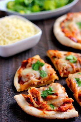 barbecue-chicken-pita-pizza FG3 (2)